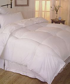 Affordable, down alternative comforter with good reviews.