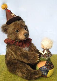 Teddy bear and tiny bjd.