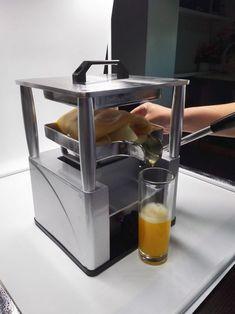 Manual Juicer, Fruit Juicer, Pineapple Juice, Food Grade, Kitchen Appliances, Diy Kitchen Appliances, Home Appliances, Juicers, Kitchen Gadgets