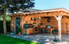 For the best of this garden room (type Cannes) only first-class oak wood will be Deck With Pergola, Backyard Pergola, Pergola Kits, Backyard Patio Designs, Backyard Projects, Outside Living, Outdoor Living, Outdoor Decor, Garden Buildings