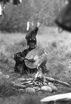 "https://flic.kr/p/8EEinQ   Warm up. Adyg Eeren shamanic society   Adyg-Eeren (Spirit of Bear) shamanic society in Tuva, Siberia, Russia. Nikon FM3a. Photo by Vladimir Shibanov. More about Shamans of Tuva: <a href=""http://www.flickr.com/photos/shibanov/sets/72157624841612605/"">www.flickr.com/photos/shibanov/sets/72157624841612605/</a>  The Shamanic Society ""Adyg Eeren was founded in 2001 by the founding fahters Adyg-Tyulush Dopchun-ool Kara-ool, Ymyj-ool Michail Howalyg-oglu, Saja Gennadi ..."