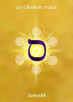 15- SAMEKH   Pulsions instinctives. C'est une force rotative qui crée l'attachement des passions, le feu astral, le sexe féminin, la passion aveugle, les attractions physiques, l'action de l'environnement, l'enchaînement à ses instincts, la perte de la liberté. L'attachement au petit moi qui livre l'être aux pièges de la vie. Le cercle défini autour d'un axe donné, empêchant le dépassement de soi.   Direction :Ouest zénith,    Mois :Novembre,    Signe :Sagittaire   Couleur : Bleu foncé ou…