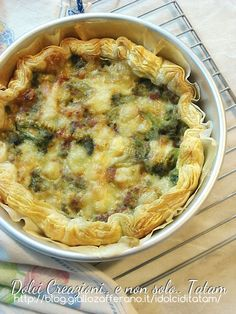 Torta salata con broccoli e salsiccia | ricetta senza uova