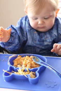 Grippo 2-in-1 Silicone Placemat and Plate in Blue Messy Play, Food Trays, How To Make Breakfast, Baby Led Weaning, Baby Safe, Group Meals, Free Baby Stuff, Happy Family, Fine Motor Skills
