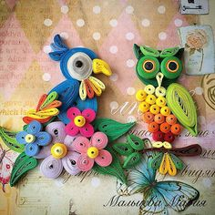 Quilled Parrot and Owl - by: Artist Name on Photo - Quilling Ideas Neli Quilling, Quilling Images, Paper Quilling Flowers, Paper Quilling Tutorial, Paper Quilling Patterns, Origami And Quilling, Quilled Paper Art, Quilling Jewelry, Quilling Paper Craft