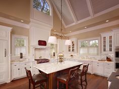 Summer Island Kitchen | Custom, Second Home | Residentialarchitect