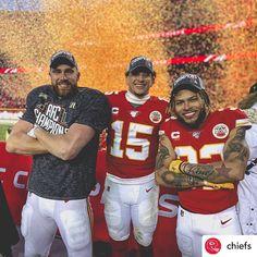 Kansas City Chiefs Football, Kansas City Football, Nfl Football Players, Kansas City Royals, Football Gear, Football Season, Chiefs Memes, Chiefs Wallpaper, Travis Kelce