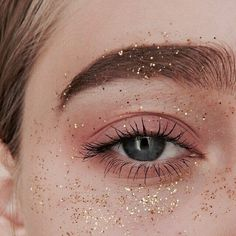Shared by ♡LULU♡. Find images and videos about eye, glitter and aesthetic on We Heart It - the app to get lost in what you love.
