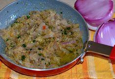 SUGO DI CIPOLLE E PANGRATTATO Salsa, Thai Red Curry, Chicken, Vegetables, Onions, Pesto, Ethnic Recipes, Cooking, Food