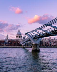Millenium Bridge, City