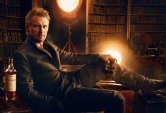 Kevin McKidd -- good looking man, good whiskey, lots of books.  um, yes, please.