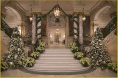 Mansions in Rhode island during Christmas time