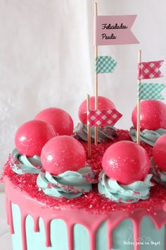 La drip cake de burbujas la hice en las navidades para Paula, la hija de mi nueva Cuñada María José. Quiso que su chica tuviera una tarta ...