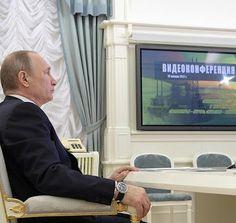 Vladimir Putin via videoconference launched the Bovanenkovo-Ukhta 2 gas pipeline and the Zapolyarye-Purpe and Kuyumba-Taishet oil pipelines.