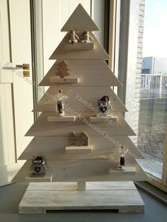Stromek Z Palet | Diy Wood Tree | Pinterest | Xmas, Christmas Tree And  Decoration