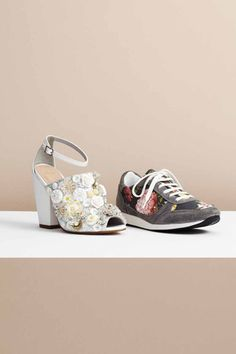 ASOS releases their spring wardrobe filled with geometric prints, party dresses, and clothing suitable for work and play. Shoes Editorial, Going Out Outfits, Get Dressed, Fashion Shoes, Baby Shoes, Asos, Style Inspiration, Spring Cleaning, Floral