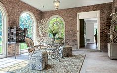 Porch brick arch Design Ideas, Pictures, Remodel and Decor Richardson Homes, Traditional Porch, Brick Arch, Arched Windows, Exposed Brick, Large Furniture, Discount Furniture, Modern Farmhouse, House Design