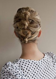 "Is anyone else in a hair bun rut? If you're tired of the typical ""mom hair"" messy bun (yet still need something simple and quick to disguise dirty hair)  Separate hair into sections, twist starting at the top of your head, roll into little buns, pin or elastic each separate section back, then adjust to desired results and spray with hairspray !(: done !"