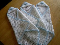 This little wrap is suitable for just the tiniest babies, so should be worked in a fine yarn in pale pastel colours, white or cream.