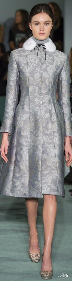 Fall 2016 Ready-to-Wear Oscar de la Renta