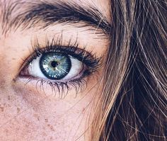 Eye aesthetic girl Ideas for 2019 Beautiful Eyes Color, Pretty Blue Eyes, Blue Eyes Aesthetic, Aesthetic Girl, Aesthetic Beauty, Blue Eye Color, Eye Colors, Galaxy Eyes, Fotografia Macro