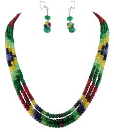 Exquisites Schmuckset mit facettierten Edelsteinen und Smaragd Verschluss. #Schmuckset #Rubin #ruby #Saphir #sapphire #Smaragd #emerald #cirin #citrine #tansanit #tanzanite #Colllier #necklace #ohrhänger #earrings #handgefertigt #unikat #unique #handmade #handmadejewelry #handmadejewellery #rubincollier #rubynecklace #smaragdcollier #emeraldnecklace #rubinschmuck #rubyjewelry #rubyjewellery #smaragdschmuck #emeraldjewelry #saphirschmuck #sapphirejewelry #jewelleryset #jewelryset…