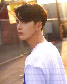 Korean Boys Ulzzang, Ulzzang Couple, Ulzzang Boy, Hwang Jin Uk, New Boyz, Korean Haircut, My Handsome Man, Golden Child, K Idol