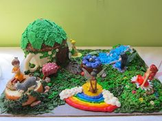 Vivienne's Pixie Hollow Cake for her 3rd birthday party.