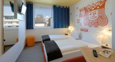 Guest room in B&B Hotel Kaiserslautern.