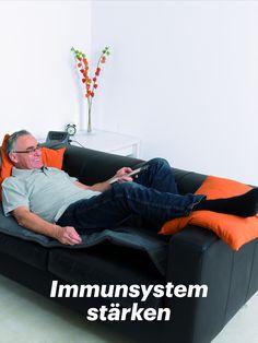 Immunsystem stärken - Gesundheit unterstützen mit der physikalischen Gefäßtherapie von BEMER! Der B.BODY Pro eignet sich perfekt für die Ganzkörperbehandlung. Informationen zu den Anwendungmöglichkeiten gibt es hier. Couch, Body, Bean Bag Chair, Furniture, Home Decor, Immune System, Health, Settee, Decoration Home