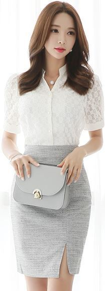 ホワイト×グレーのクリア・プリティなスタイル。#おしゃれさんと繋がりたい #モノトーン
