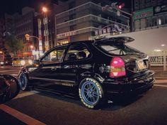 Civic Eg, Honda Civic Hatchback, Japanese Domestic Market, Japan Cars, Jdm Cars, Retro Cars, Bmw E46, Cars And Motorcycles, Dream Cars