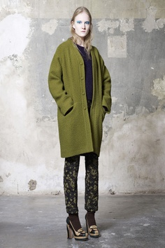 Rochas Pre-Fall 2013 Collection Slideshow on Style.com
