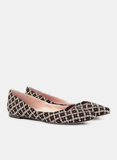 Aria pointed toe flat