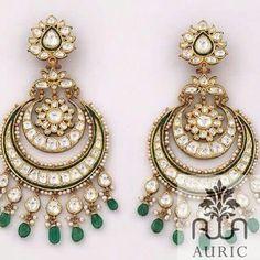 Chandbali Indian Jewelry Earrings, Real Gold Jewelry, Jewelry Design Earrings, Indian Wedding Jewelry, India Jewelry, Jewelery, Antic Jewellery, Ethnic Jewelry, Gold Earrings