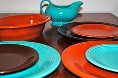 "Great colour combo - vintage ""Radioactive Red"", vintage Blue or modern Turquoise, Chocolate."