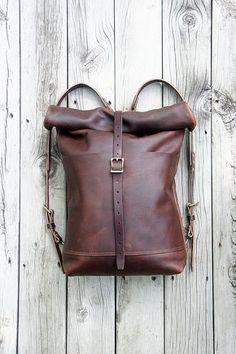 Cedar & Stone Taschen hergestellt in Minneapolis MN: Isabella-Leder-Rolltop_Front Small Leather Bag, Leather Purses, Leather Handbags, Leather Belts, Soft Leather, Leather Bag Tutorial, Leather Bag Pattern, Crea Cuir, Leather Bags Handmade