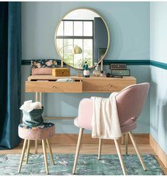Discover a large selection of unique furniture and decorations at Maisons du Monde. Small Room Bedroom, Bedroom Decor, Style Deco, Home Room Design, My New Room, House Rooms, Cozy House, Home Accessories, Interior Design