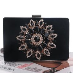 8d052e8354953 12 Best 1920's Gatsby Gala Flapper Bags images in 2019   Clutch bags ...