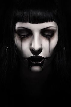 Artist Unknown. Artistic #halloween #dark makeup.
