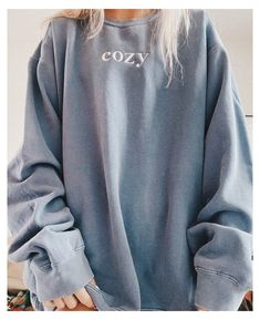 Lazy Outfits, Cute Comfy Outfits, Teenager Outfits, Stylish Outfits, Cool Outfits, Oversized Hoodie Outfit, Sweatshirt Outfit, Trendy Hoodies, Cute Sweatshirts