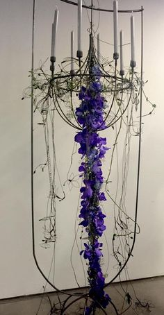 Maybe something like this different Gregor Lersch Floral Design