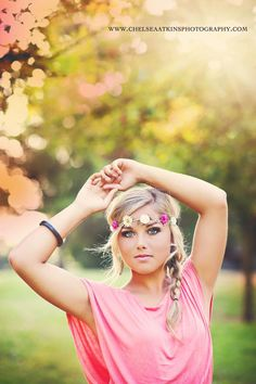 Gorgeous senior photography from Washington photographer Chelsea Atkins: http://www.chelseaatkinsphotography.com