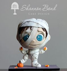 Halloween mummy cake/ Shannon Bond Cake Design | Kansas City wedding and custom cakes | Sculpted and Groom's Cakes