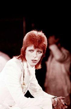 "vezzipuss.tumblr.com — David Bowie, ""1980 Floor Show"", Circa 73 ⚡️"