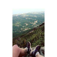 "10 Likes, 3 Comments - Béline Boulay (@beli_belo) on Instagram: ""Première balade en Corse ! 😀 #montagne #corse #run #sobeautifull #holidays"""
