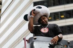 Pablo Sandoval has signed with the Boston Red Sox in his first year as a free agent and, as is to be expected, Giants fans took to Twitter to mourn the loss of their beloved panda. Oakland Athletics' fans, though, were not too sympathetic to the distraught Giants fans who, seemingly, don't know how to […]