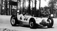 Manfred von Brauchitsch, 1st. Mercedes-Benz W 154, Grand Prix race in Tripoli on May 15, 1938.
