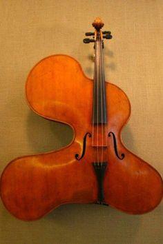e06a3f2c1c4b99a2ddf497cea617ddb2--cello-violin.jpg