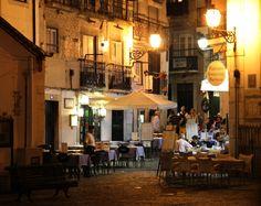 Weekendje Lissabon: de beste restaurant tips / Weekend in Lisbon: the best restaurant tips - via Saudades de Portugal 20.05.2015 | Eén van de grootste genoegens in Portugal is eten. En als je dan een weekendje in Lissabon bent moet je natuurlijk wel weten waar. Er zijn heel veel fantastische opties. Een handjevol hebben wij er voor je op een rijtje gezet. | One of the greatest pleasures in Portugal food. And if you're a weekend in Lisbon you obviously know where. There are lots of great…